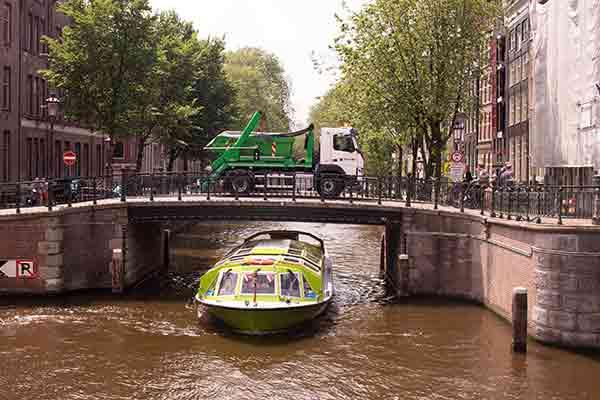 Puincontainer Amsterdam wagen